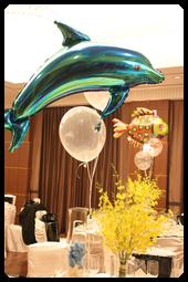 イルカとトロピカルフィッシュ