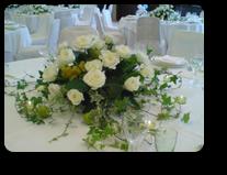 ブドウと白い装花¥8,500