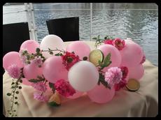 バルーンと造花の高砂